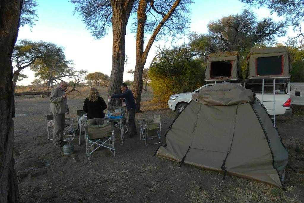 Acampada en Magotho 4#. Delta del Okavango.